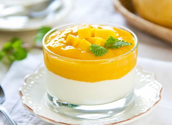 Yogur con crema de mango